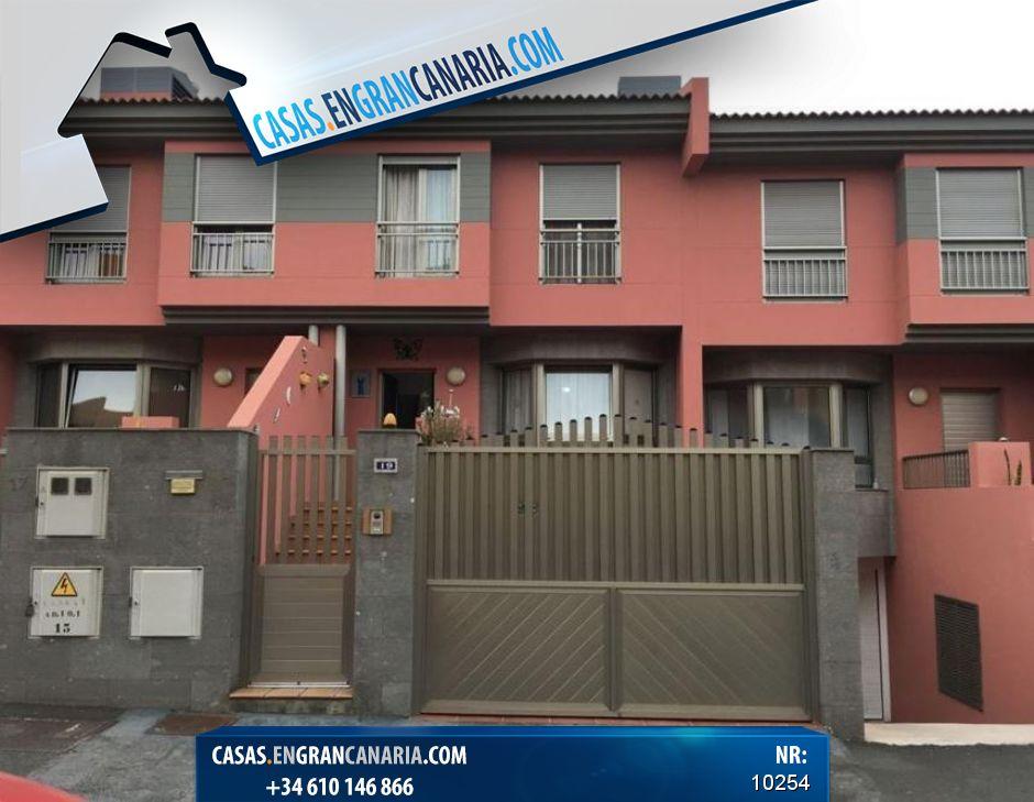 Chalet te Koop in Sardina 3 Slaapkamers € 209.200 - Casas en Gran ...